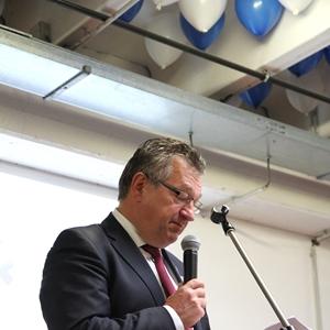 viering 20 jaar vereniging Wok: sfeerbeelden: speech voorzitter OCMW