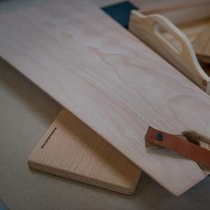Producten van het houtatelier: een dienblad